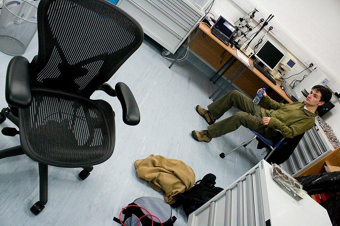 アーロンチェアがある部屋・オフィスの雰囲気画像まとめ1002