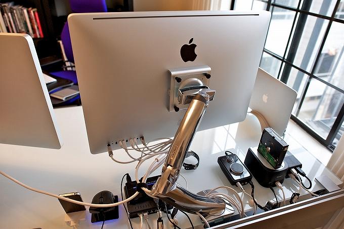 オフィスチェア選びはパソコンの目線にも注意