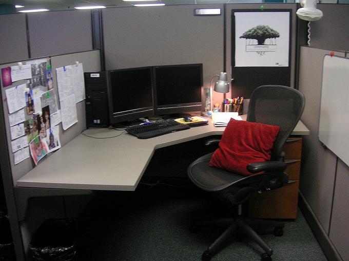 アーロンチェアがある部屋・オフィスの雰囲気画像まとめ1007